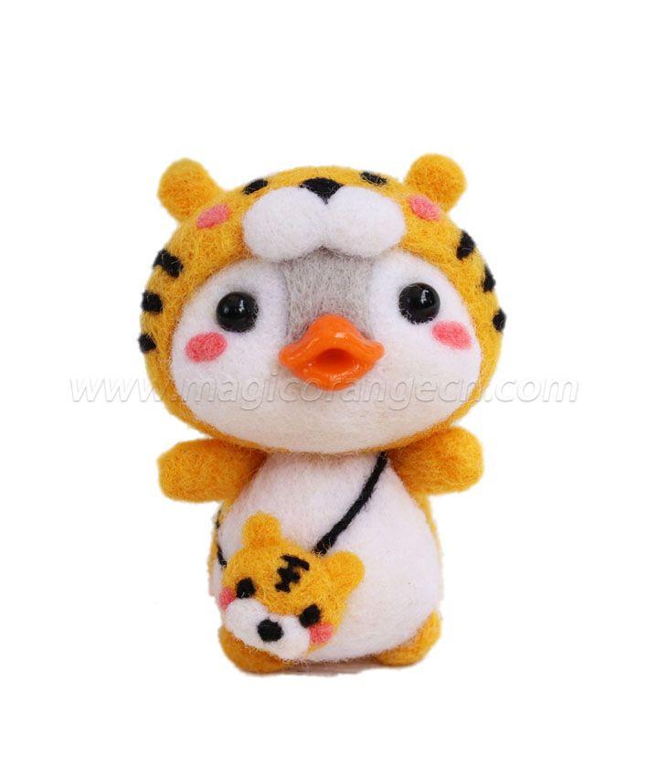 CTY101006 Adorkable Penguin Needle Felting Kit Handmade Animal Doll Needle Felting Wool Felting Kit
